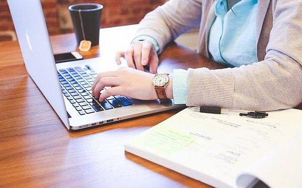 Работа онлайн улан удэ девушка модель работа в германии